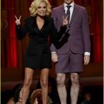 Tony Awards 2015 – Kristen Chenoweth & Alan Cummings Rock The House